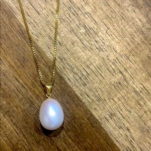 Pearl necklace in gold plated 925 silver chain